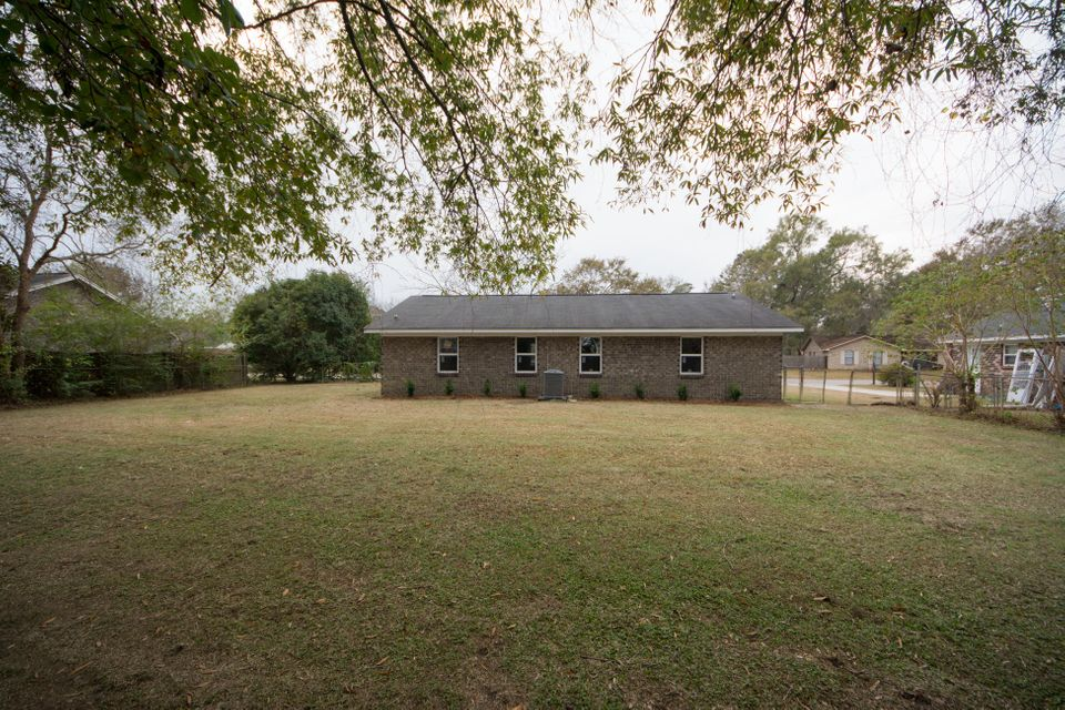 22  Clearwater Goose Creek, SC 29445