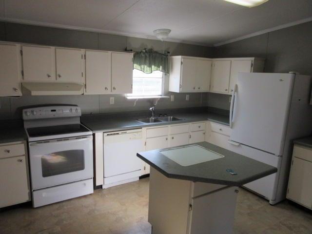 149 W Turner Street Summerville, SC 29483