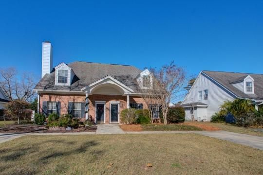 3375  Queensgate Way Mount Pleasant, SC 29466
