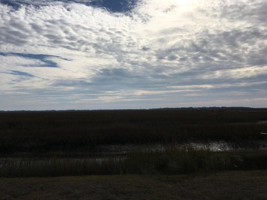 561 Seaward Drive Charleston, SC 29412