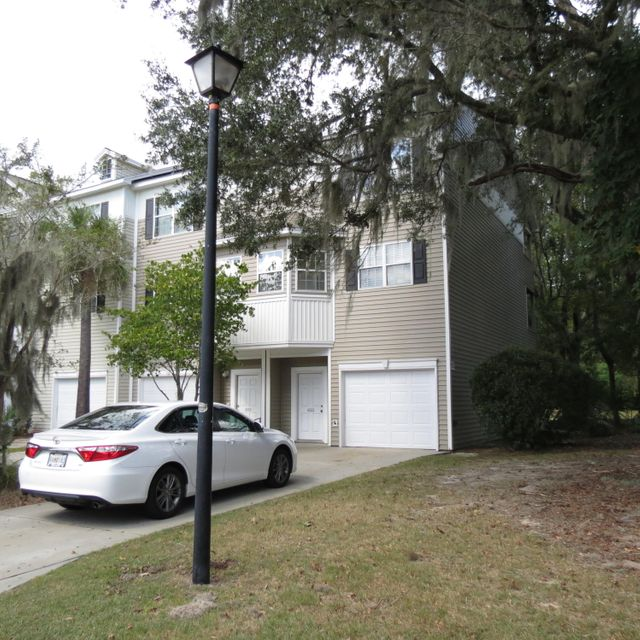4555  Great Oak Drive North Charleston, SC 29418