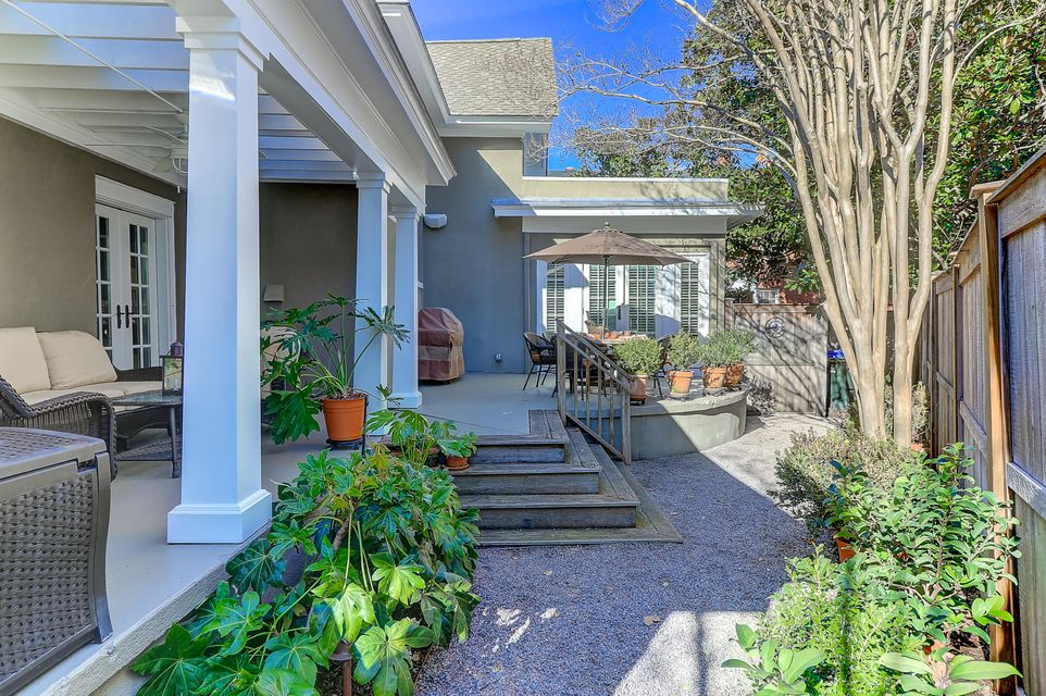 11  Rutledge Boulevard Charleston, SC 29401
