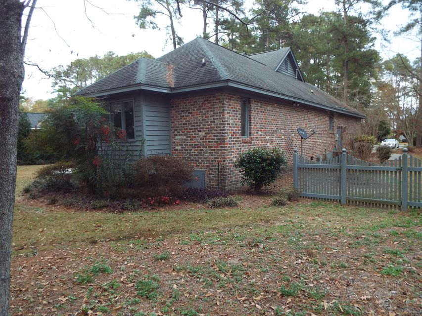 110 Wateree Dr. Santee, SC 29142