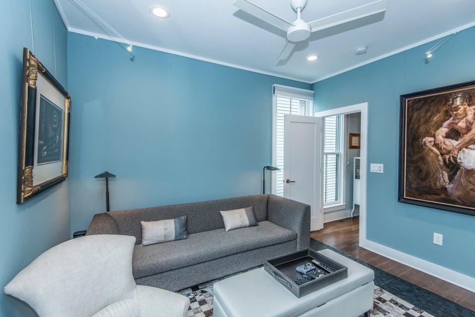 62  B Gadsden Street Charleston, SC 29401