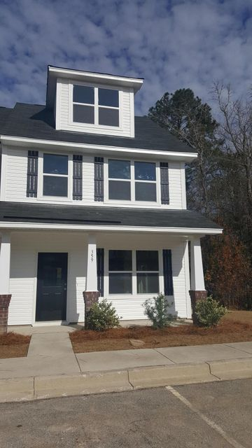 359  Flyway Road Goose Creek, SC 29445