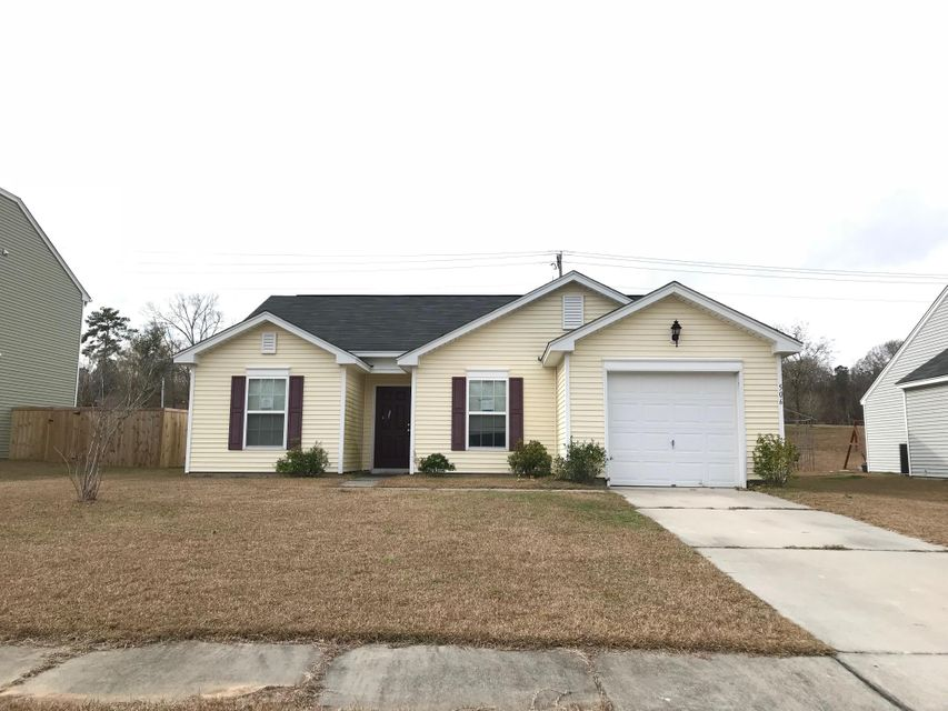 506  English Oak Circle Moncks Corner, SC 29461