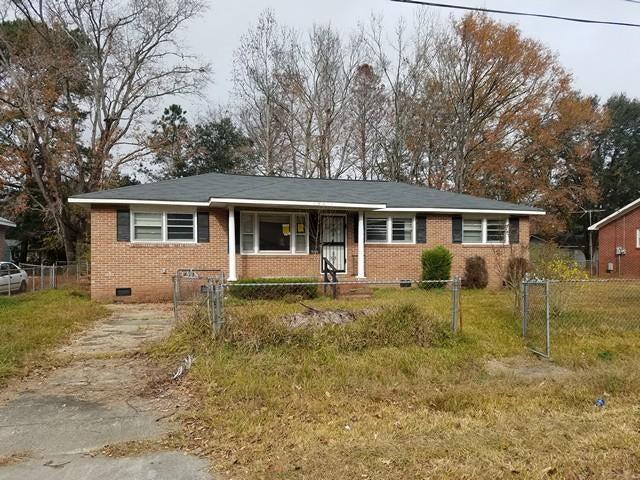 7015  Kenneth Drive North Charleston, SC 29406