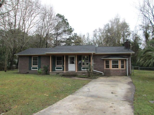 220  Eagle Drive Summerville, SC 29485