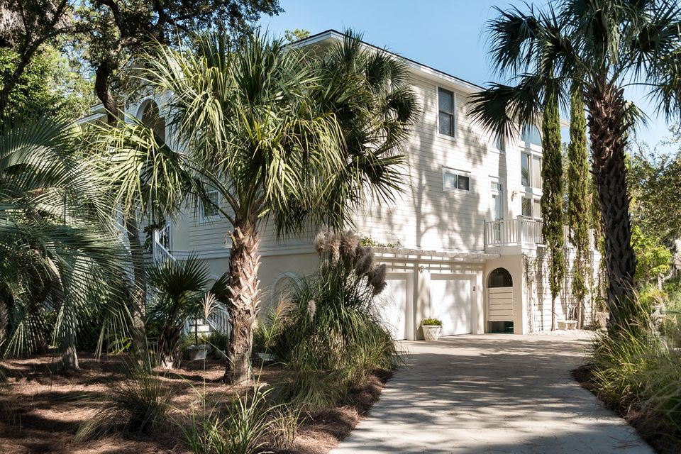 2957  Deer Point Drive Johns Island, SC 29455
