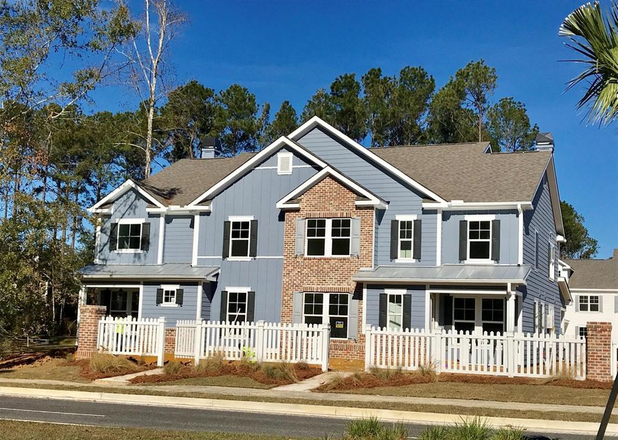 2688  Park West Boulevard Mount Pleasant, SC 29466