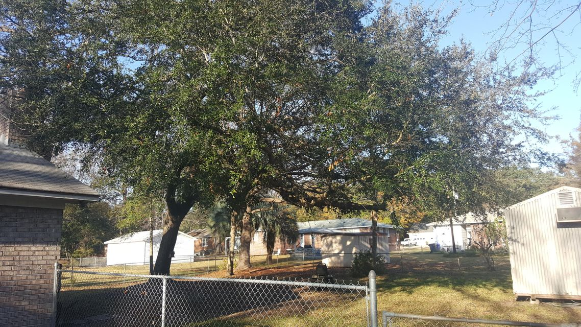 4706  Padgett Street North Charleston, SC 29405