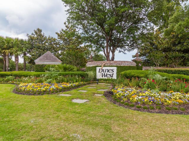 2909 Yachtsman Drive Mount Pleasant, SC 29466