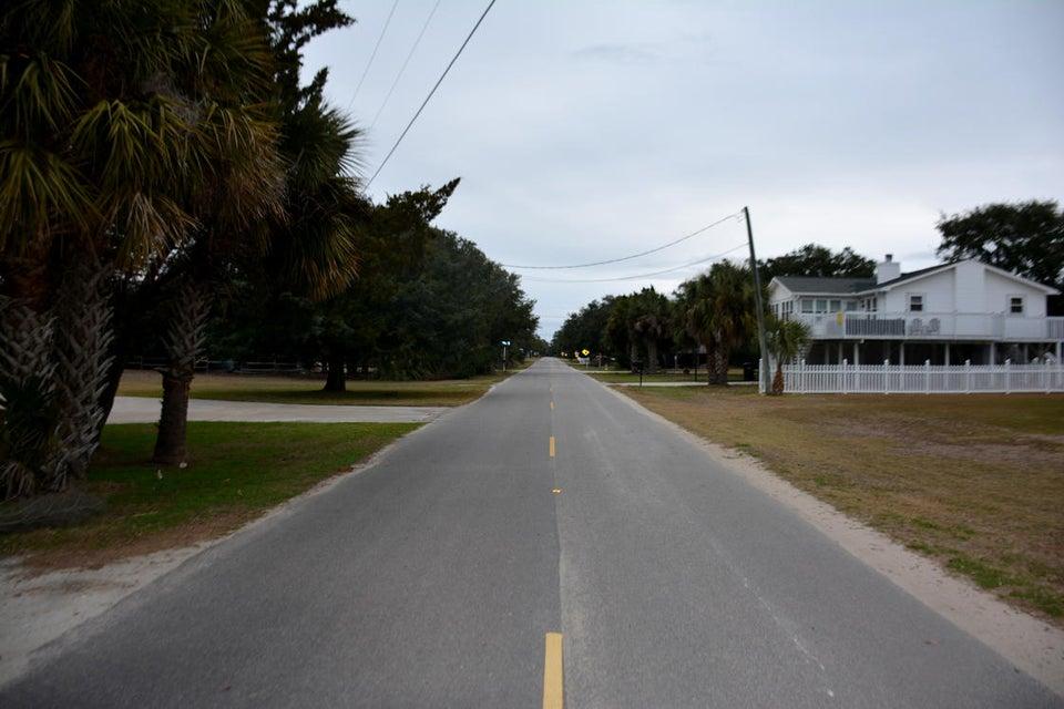 2606  Myrtle Street Edisto Island, SC 29438