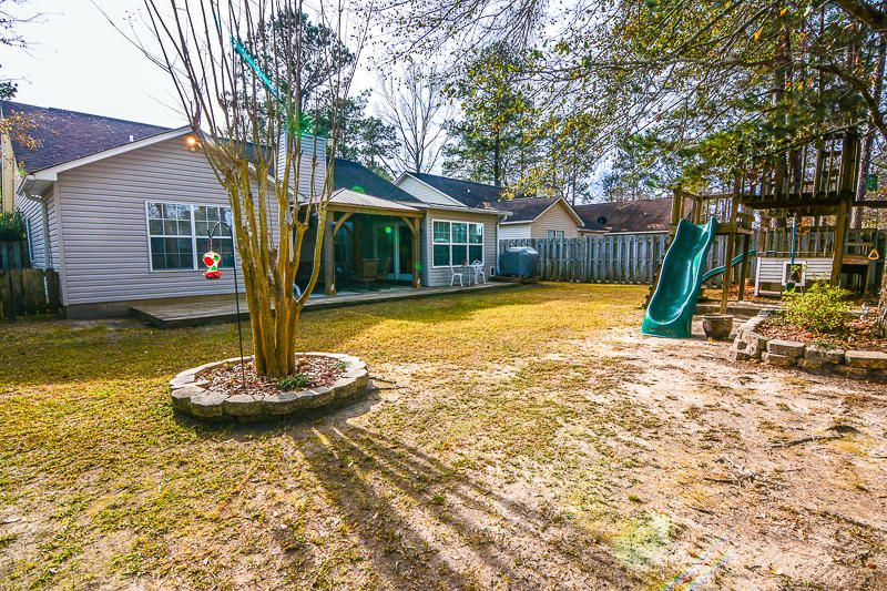 2752 Fernwood Drive North Charleston, SC 29406