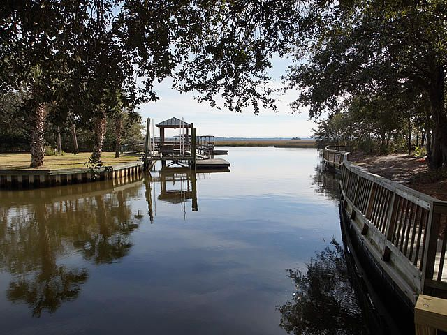 235  Lands End Drive Charleston, SC 29407