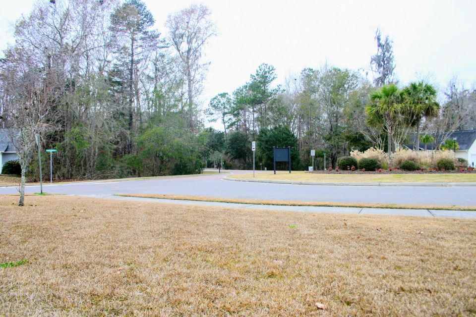 617  Hainsworth Drive Charleston, SC 29414
