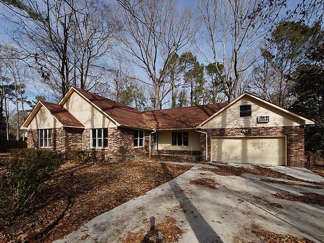 102  Colony Court Summerville, SC 29485