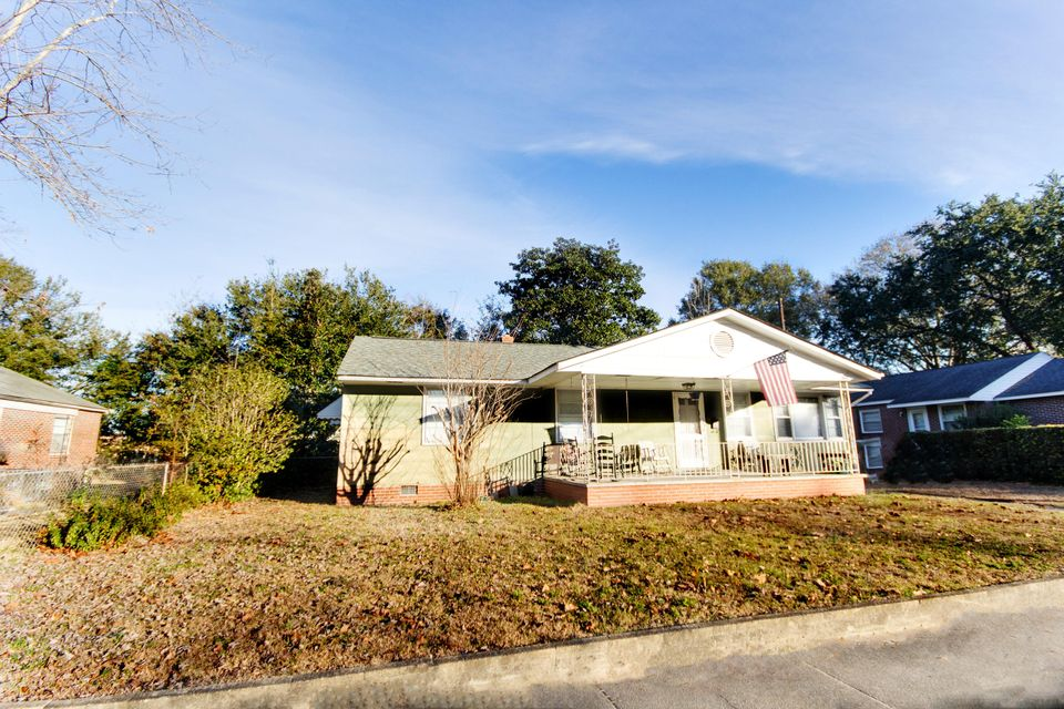 2727  Martha Drive North Charleston, SC 29405