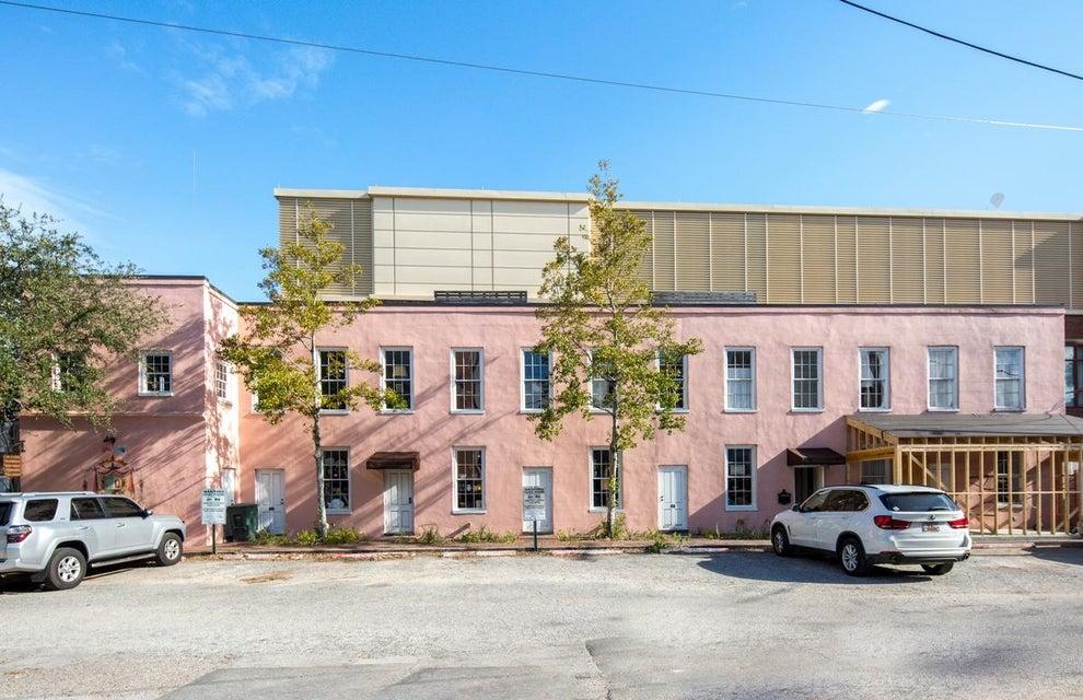 21  Burns Lane Charleston, SC 29401