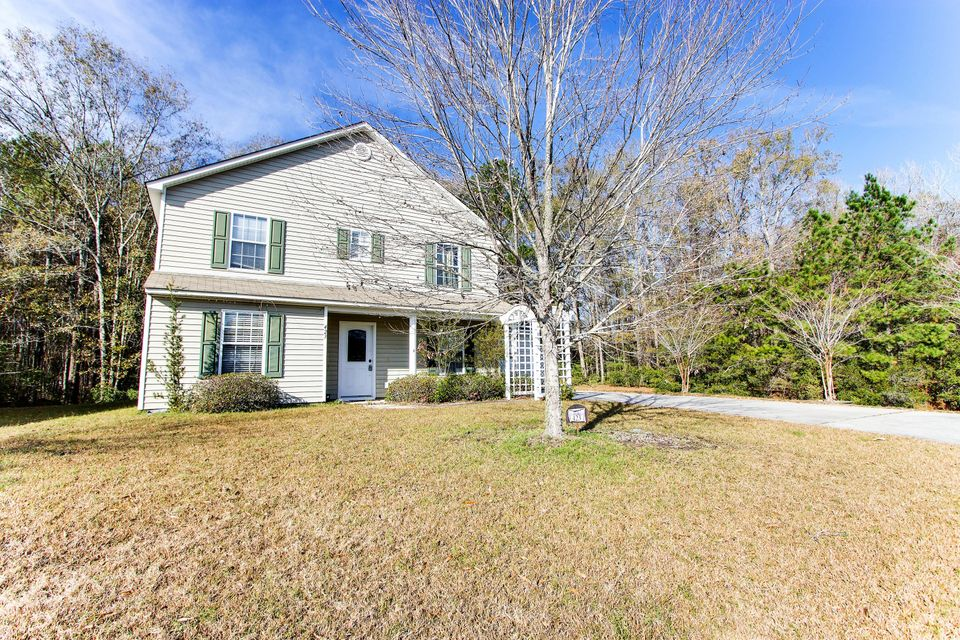 423  Aberdeen Circle Summerville, SC 29483