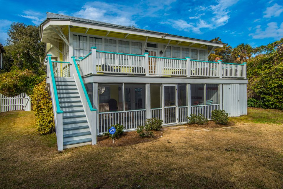 906 E Arctic Avenue Folly Beach, SC 29439