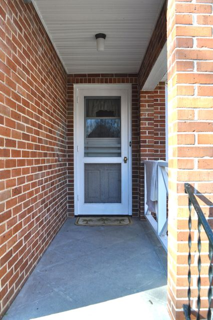 416  Oak Street Charleston, SC 29407