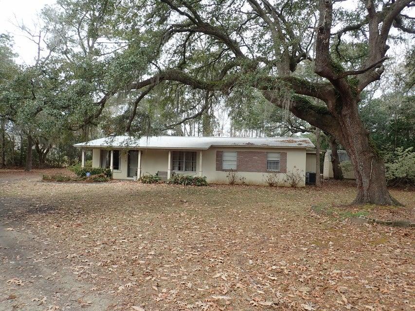 3306  Bonanza Charleston, SC 29414