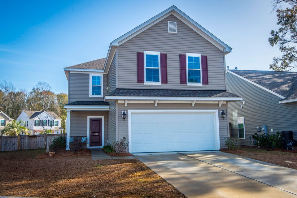 1464  Oldenburg Drive Mount Pleasant, SC 29466