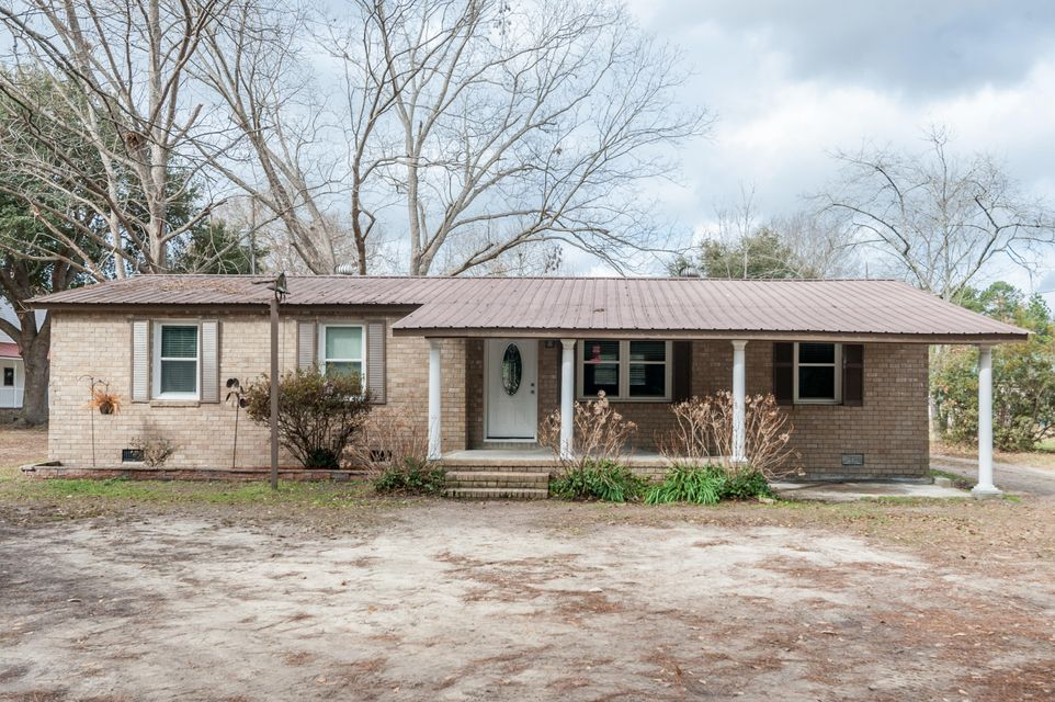 1362  Alexander Circle Summerville, SC 29486