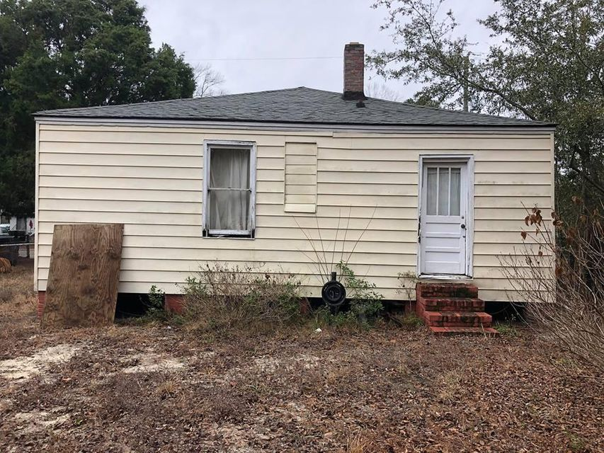 2241  Suffolk Street North Charleston, SC 29405
