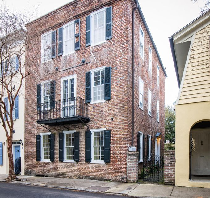 12 Tradd Street Charleston, SC 29401