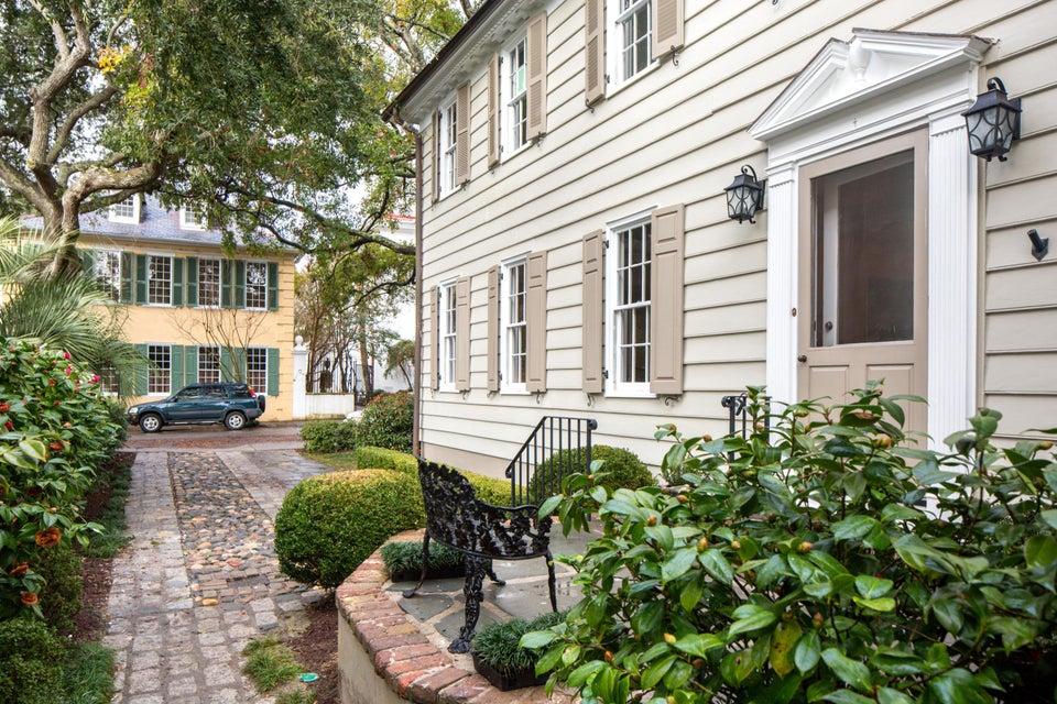 64 Church Street Charleston, SC 29401