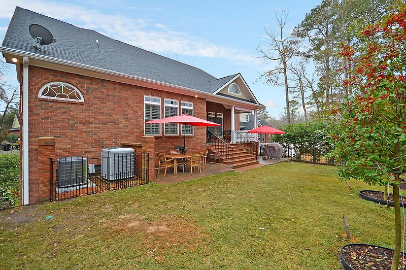 8605  Fox Hollow Rd North Charleston, SC 29420