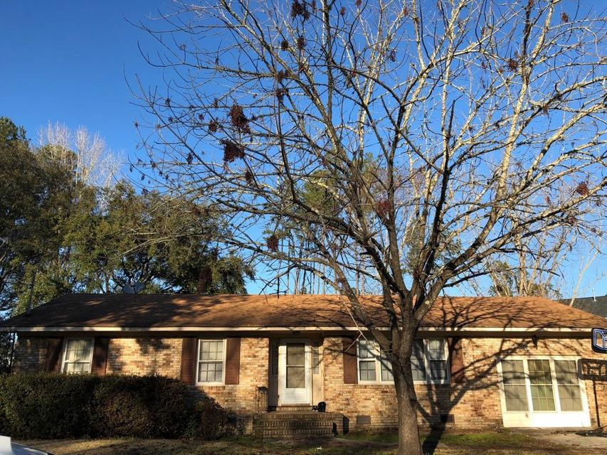 112  Tupelo Drive Summerville, SC 29485