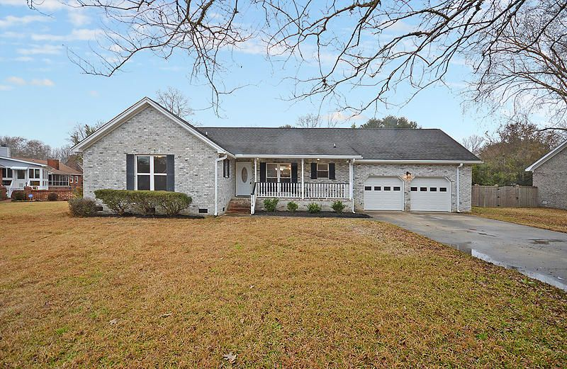 2134  Hunter Creek Drive Charleston, SC 29414