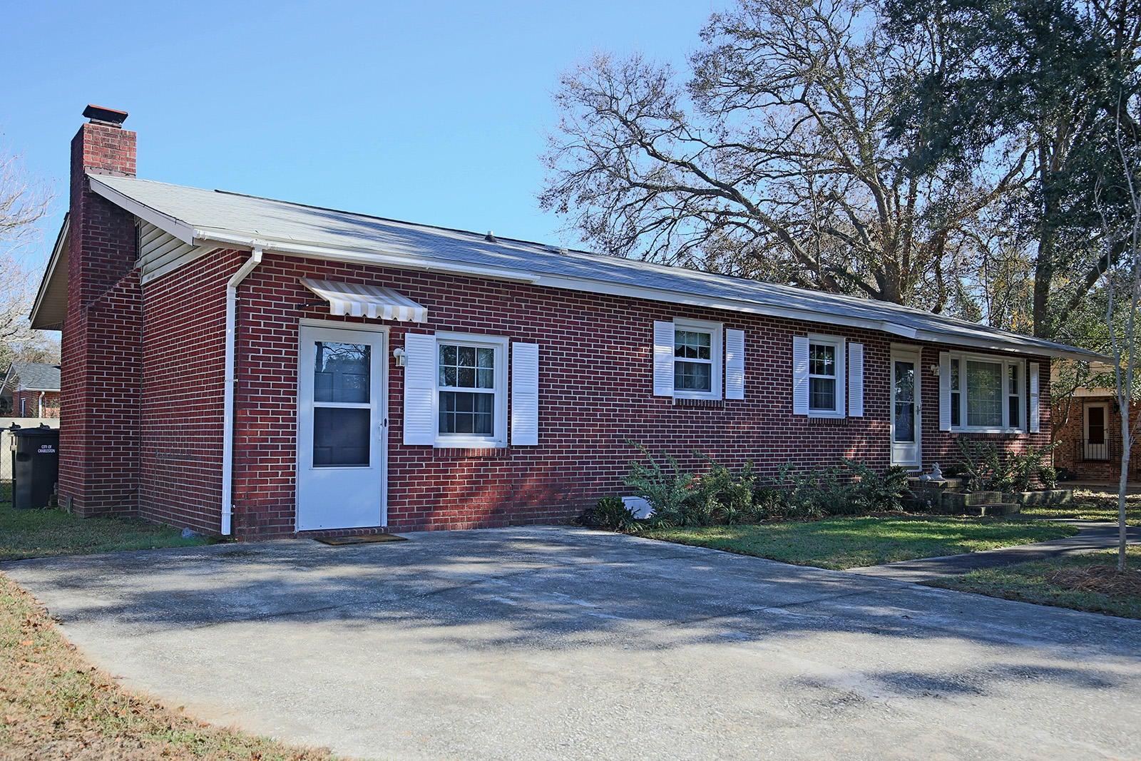 10  Plainfield Drive Charleston, SC 29407