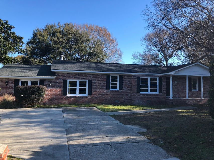 1052  Harbor View Road Charleston, SC 29412