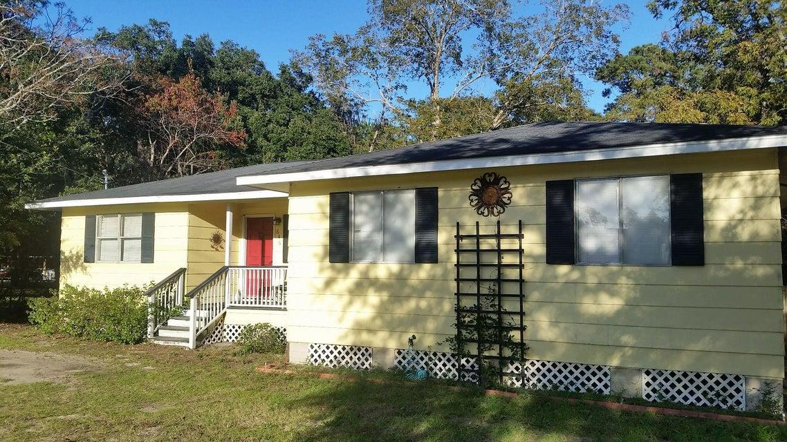 646  Spark Street Mount Pleasant, SC 29464