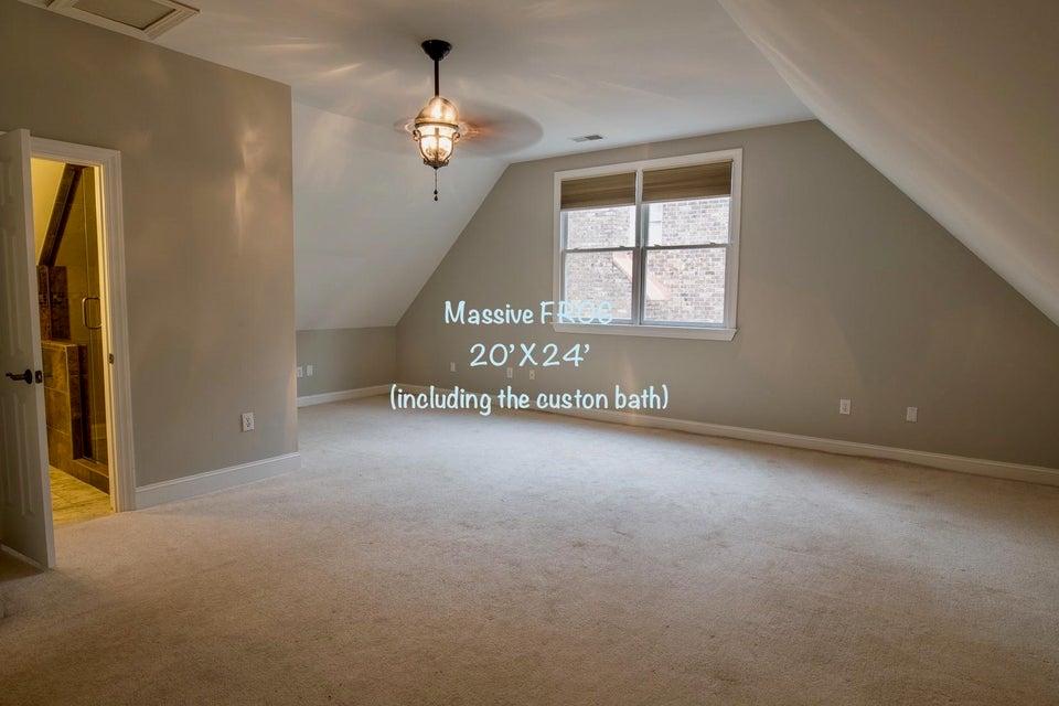 1324 Southlake Drive Mount Pleasant, SC 29464