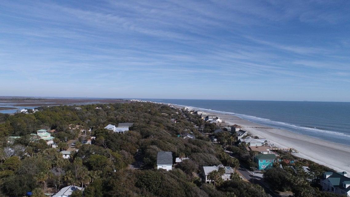 906 E Arctic Avenue Folly Beach, SC 29439