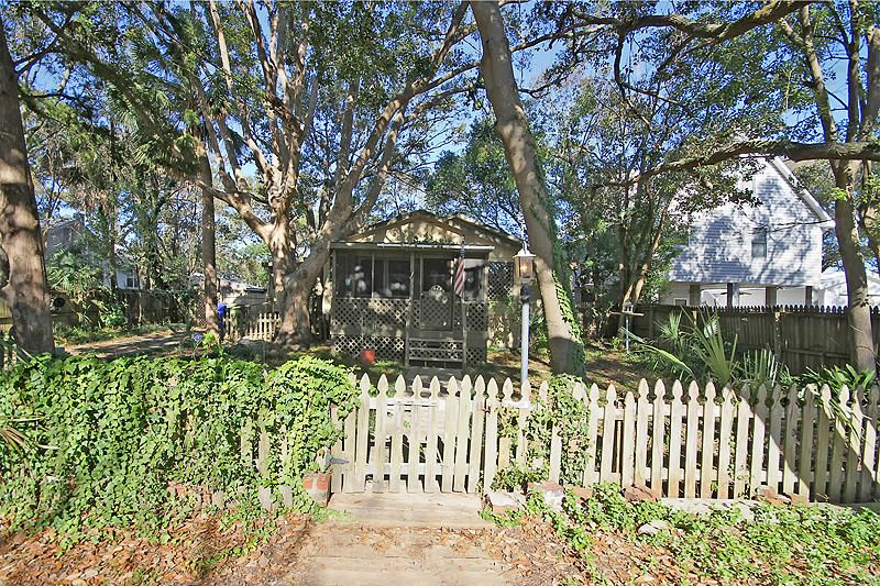 716 E Cooper Avenue Folly Beach, SC 29439