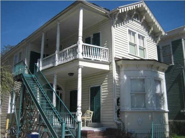 208  Calhoun Street Charleston, SC 29401