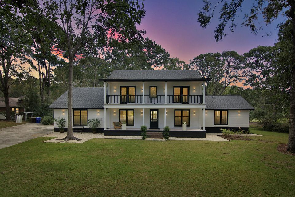 1114  Spyglass Point Mount Pleasant, SC 29464