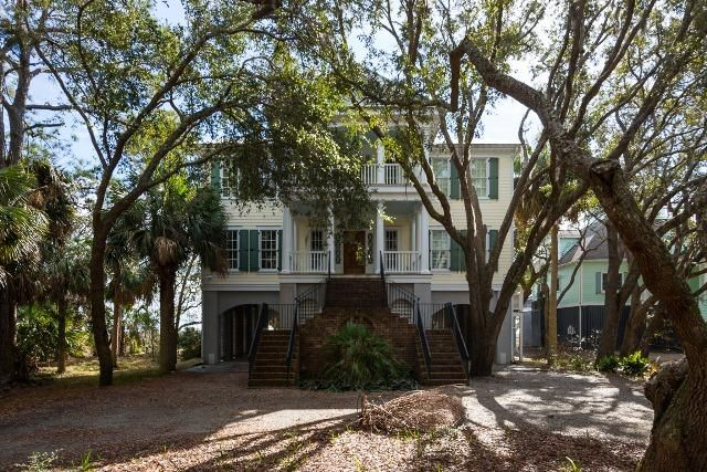 860  Hammocks Way Edisto Island, SC 29438