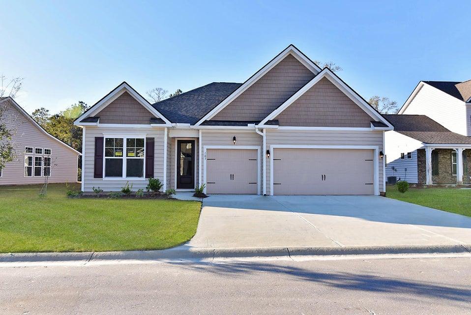 109 Whaler Avenue Summerville, SC 29483