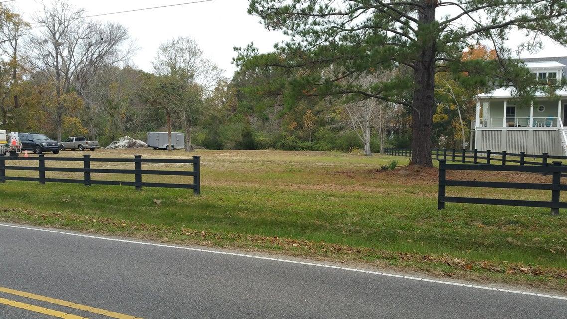 1360 Porchers Bluff Road Mount Pleasant, SC 29466