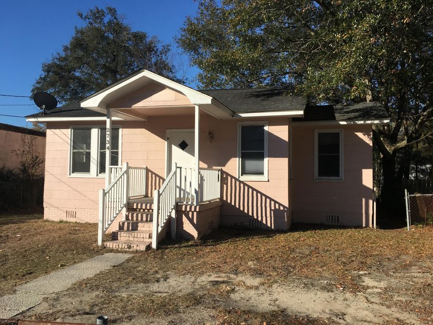 2734 E Surrey Drive North Charleston, SC 29405