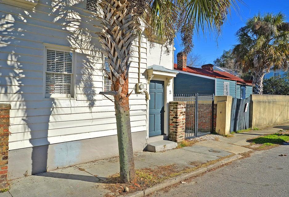 2 Larnes Street Charleston, SC 29403