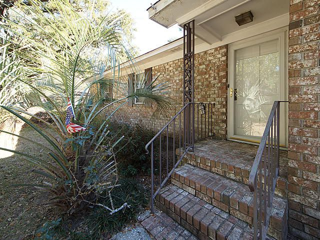 811 Fort Johnson Road Charleston, SC 29412