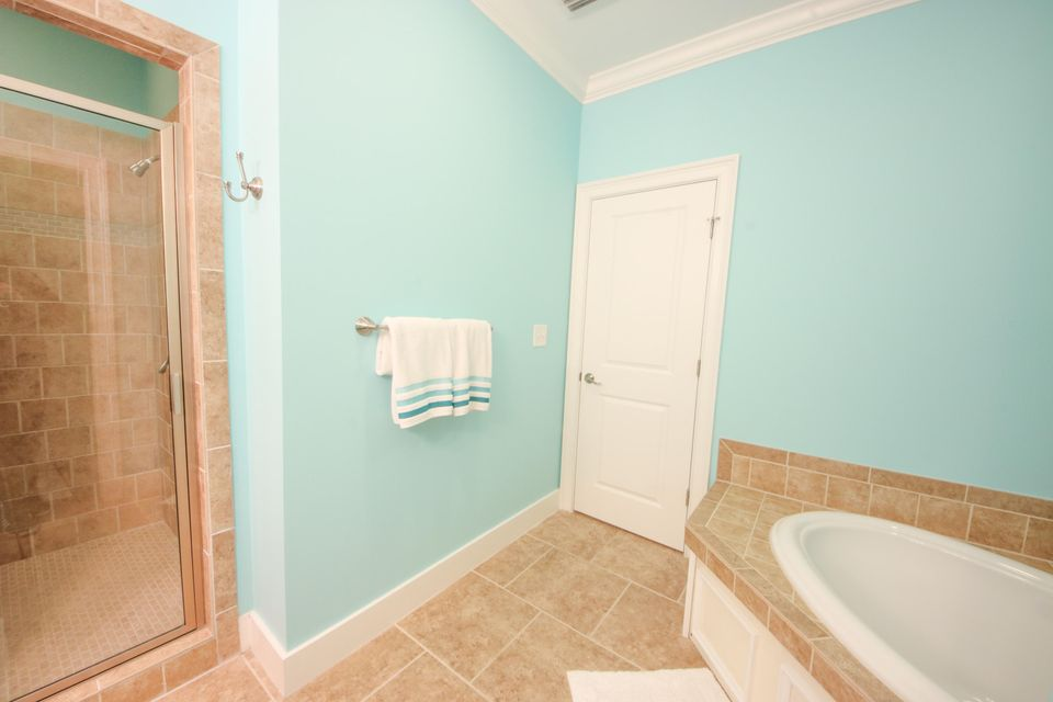 3004 S Shore Drive Charleston, SC 29407
